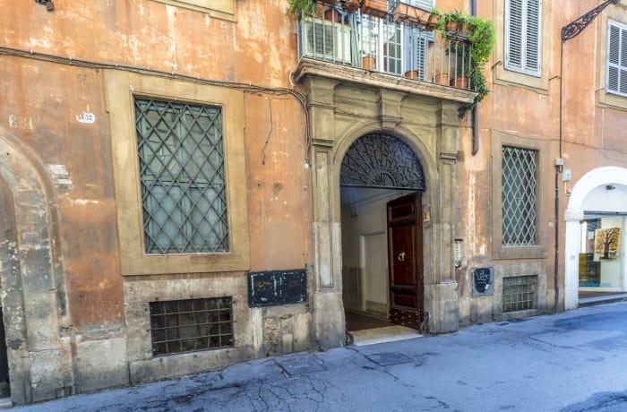 Apartment in Pantheon, Pantheon - 0