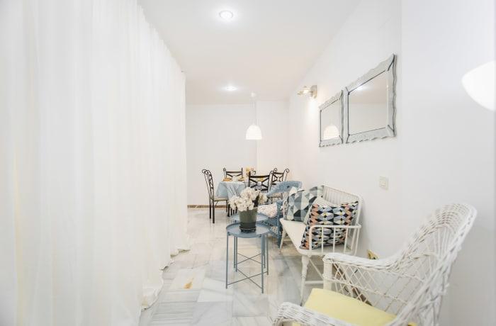 Apartment in Alameda, Alameda de Hercules - 14