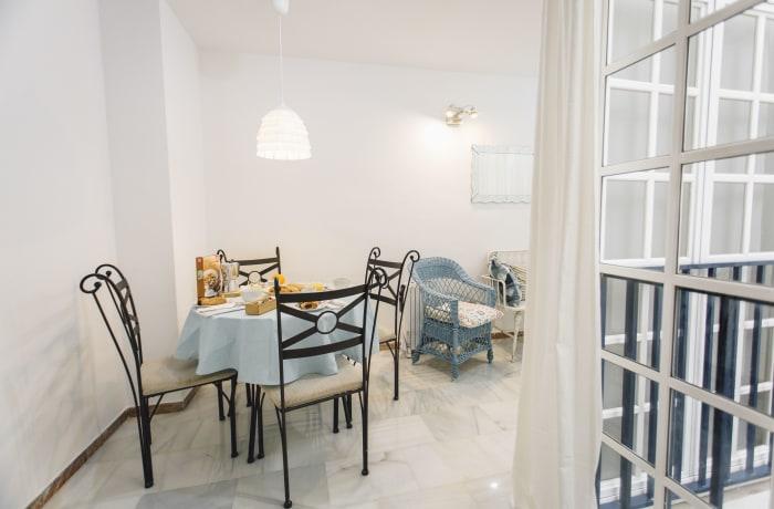 Apartment in Alameda, Alameda de Hercules - 13