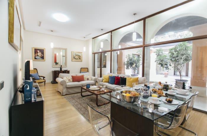 Apartment in Conde de Torrejon, Alameda de Hercules - 1