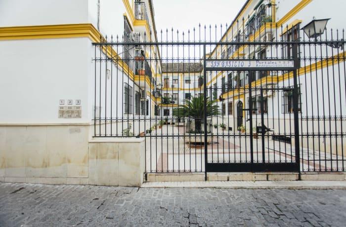 Apartment in San Basilio, Alameda de Hercules - 0