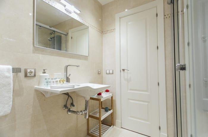 Apartment in Arjona, Arenal - 15