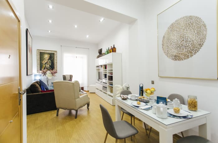 Apartment in Don Pelayo, City center - 2