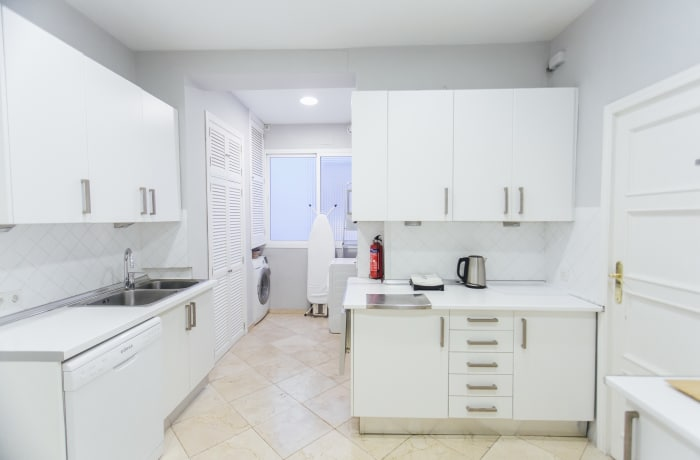 Apartment in Diego de Riano, Plaza de España - 16