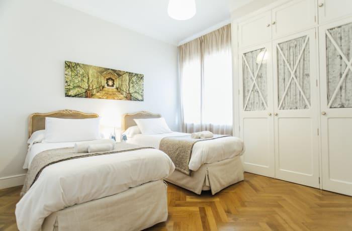 Apartment in Diego de Riano, Plaza de España - 26