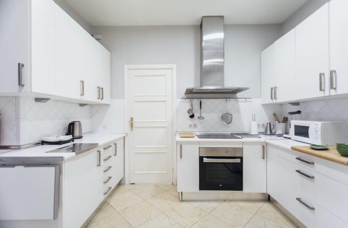 Apartment in Diego de Riano, Plaza de España - 14