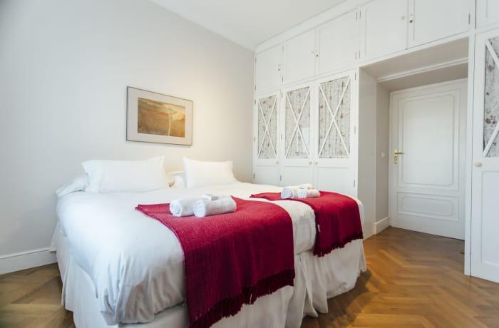 Apartment in Diego de Riano, Plaza de España - 19