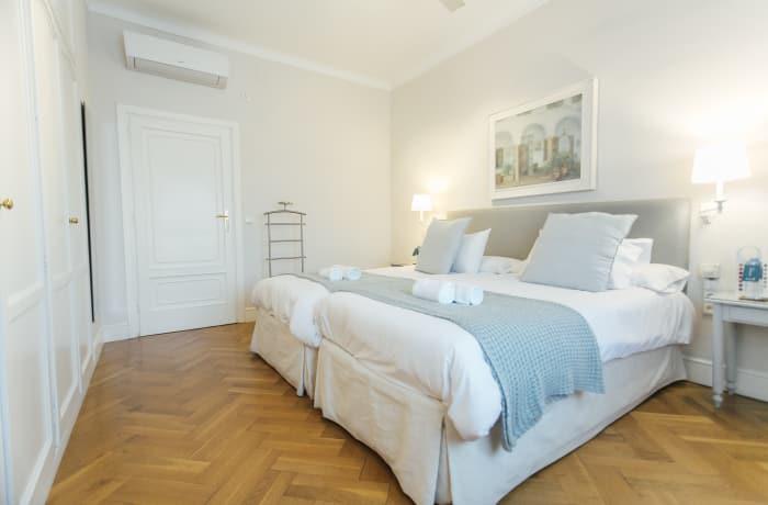 Apartment in Diego de Riano, Plaza de España - 32