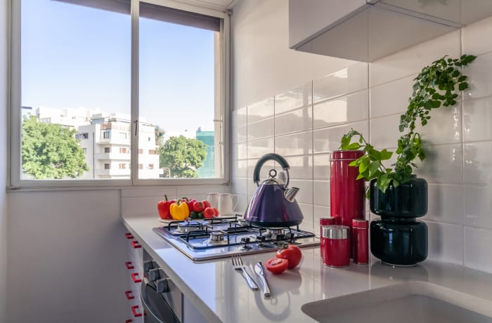 Apartment in Allenby I - Bauhaus inspiration , Central Beach Area - 9