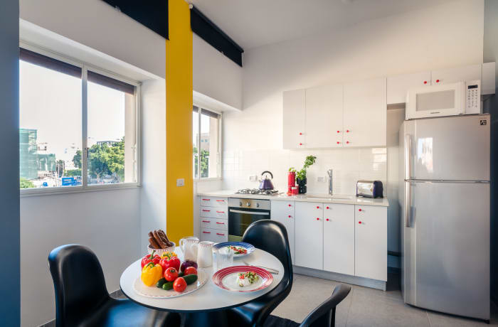 Apartment in Allenby I - Bauhaus inspiration , Central Beach Area - 7