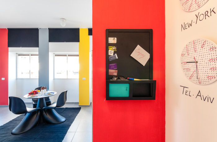 Apartment in Allenby I - Bauhaus inspiration , Central Beach Area - 10
