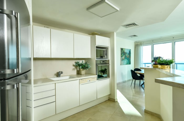 Apartment in Bugrashov Marina, Central Beach Area - 16