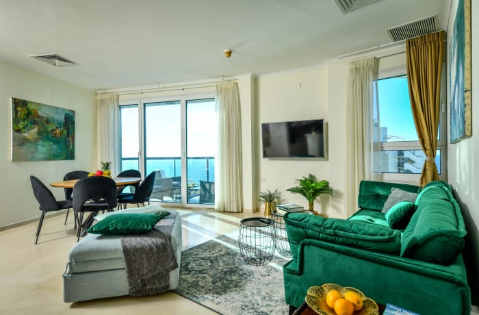 Apartment in Bugrashov Marina, Central Beach Area - 2