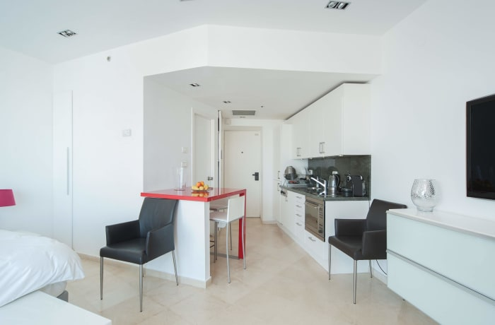 Apartment in Bugrashov Sea View, Central Beach Area - 3