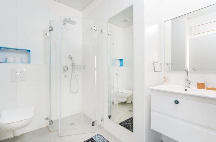 Apartment in Classic Ben Yehuda, North Beach Area - 7