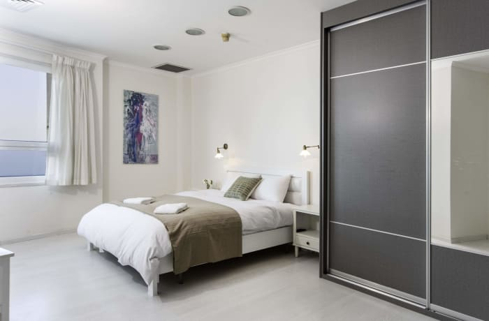 Apartment in Hayarkon Beach Front, Central Beach Area - 12