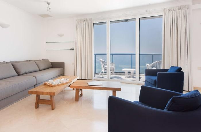 Apartment in Hayarkon Summer Magic, Central Beach Area - 3