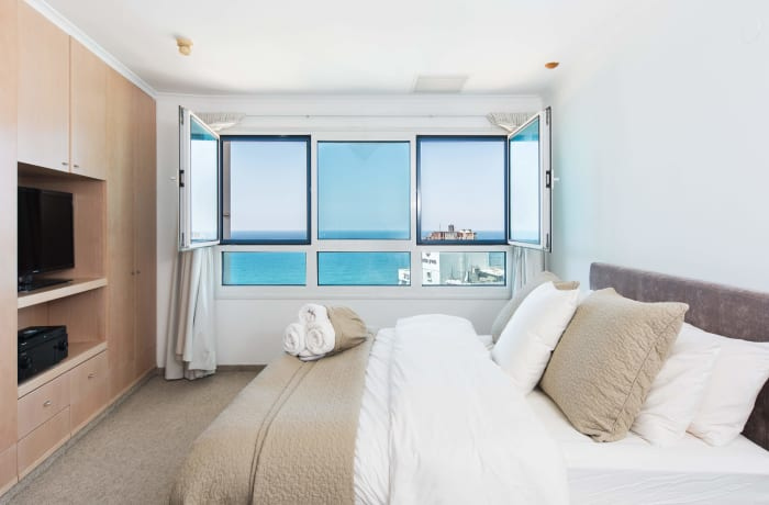 Apartment in Hayarkon Summer Magic, Central Beach Area - 6