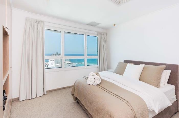 Apartment in Hayarkon Summer Magic, Central Beach Area - 7