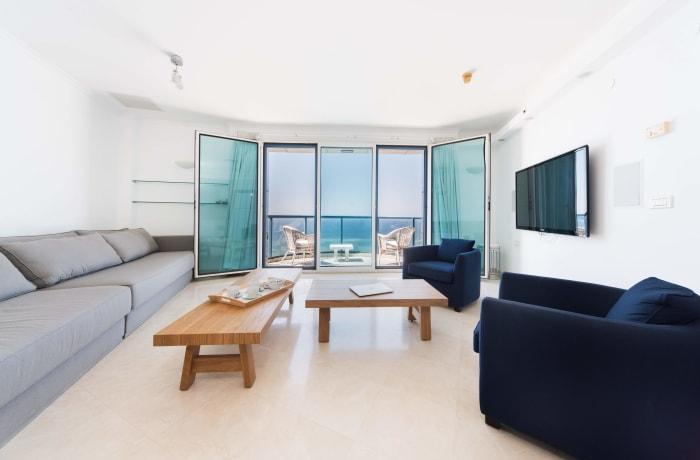 Apartment in Hayarkon Summer Magic, Central Beach Area - 5