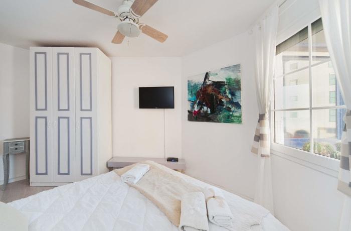 Apartment in Herbert Samuel, Central Beach Area - 24
