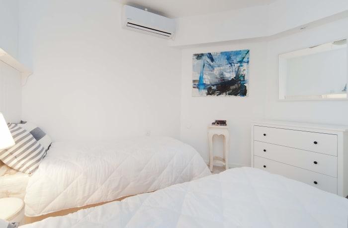 Apartment in Herbert Samuel, Central Beach Area - 22