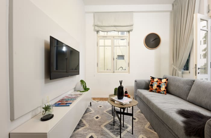 Apartment in Rothschild meets Allenby I, Central Beach Area - 2