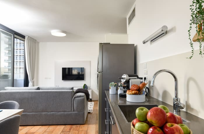 Apartment in Rothschild meets Allenby VII, Central Beach Area - 3