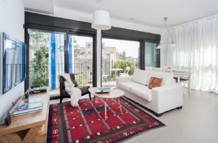 Apartment in Rothschild Quarter, Central Beach Area - 2