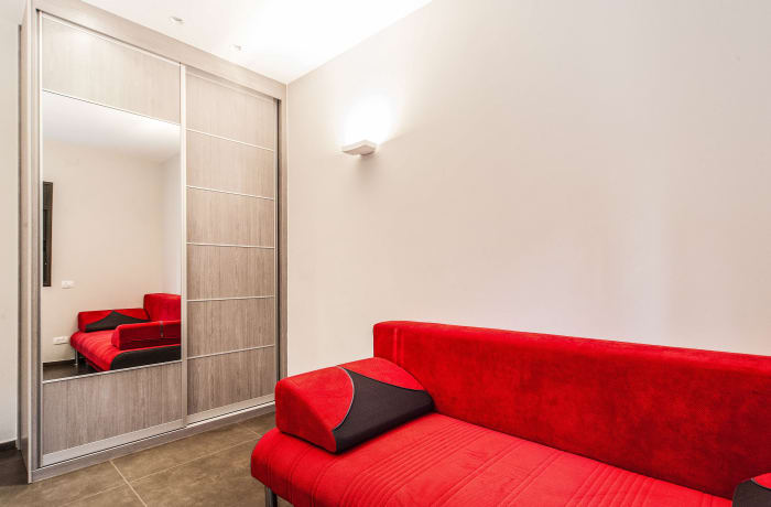 Apartment in Sirkin, Central Beach Area - 18