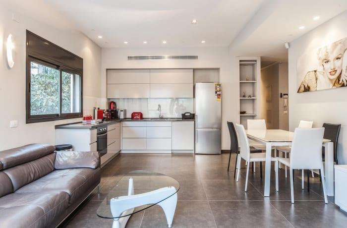 Apartment in Sirkin, Central Beach Area - 4