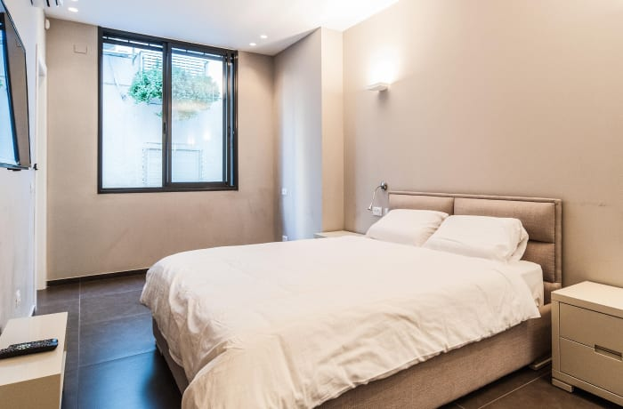 Apartment in Sirkin, Central Beach Area - 13