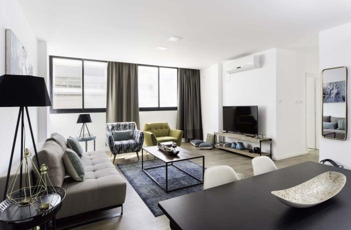 Apartment in Sunlit Hayarkon, Central Beach Area - 1