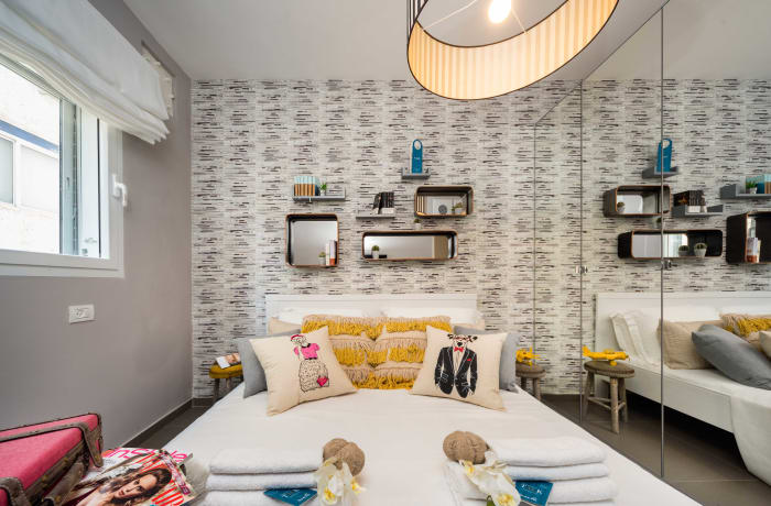 Apartment in Dizengoff, North Beach Area - 12
