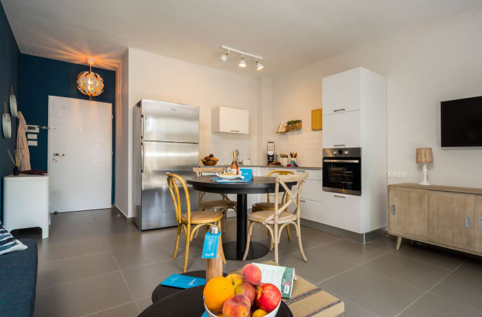 Apartment in Dizengoff, North Beach Area - 4