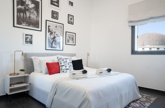 Apartment in Rothschild meets Allenby III, Central Beach Area - 16