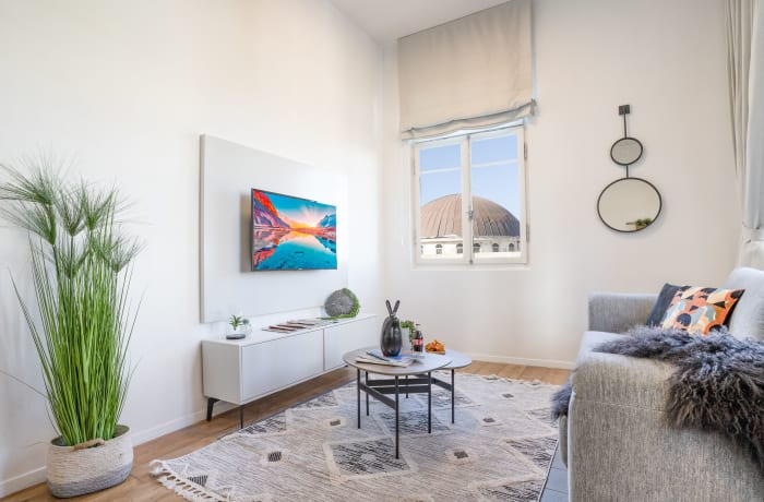 Apartment in Rothschild meets Allenby III, Central Beach Area - 2