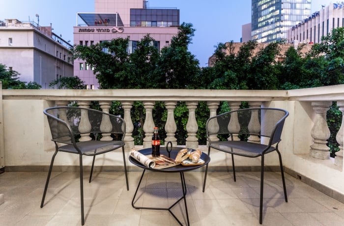 Apartment in Rothschild meets Allenby III, Central Beach Area - 20