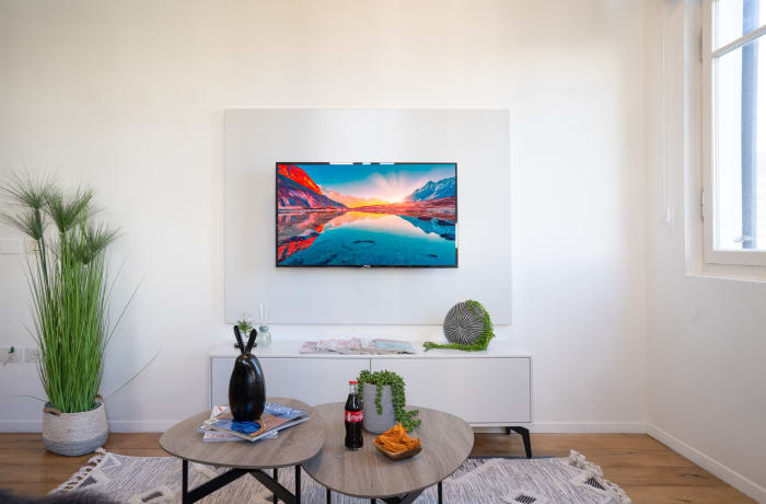 Apartment in Rothschild meets Allenby III, Central Beach Area - 3