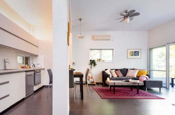 Apartment in Zeitlin Gardens, Central Beach Area - 4