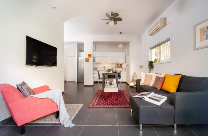 Apartment in Zeitlin Gardens, Central Beach Area - 2