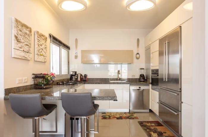 Apartment in Levi Eshkol I, North Beach Area - 7