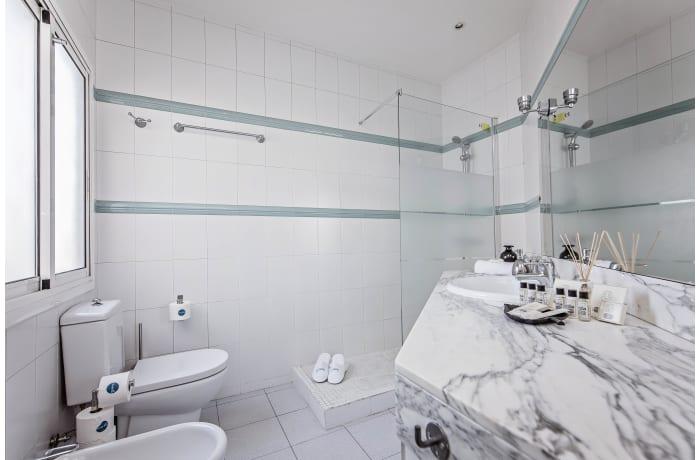Apartment in Pedrera Atic, Eixample - 17