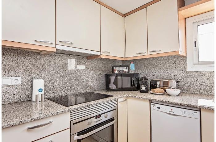 Apartment in Pedrera Atic, Eixample - 9