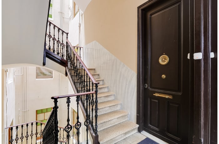 Apartment in Rocafort 104, Eixample - 0