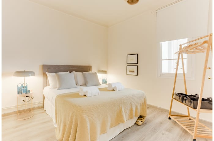 Apartment in Rocafort 401, Eixample - 10