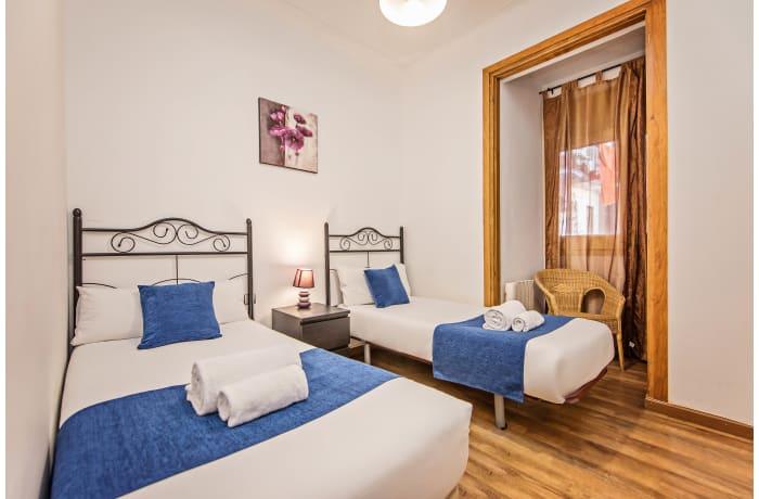 Apartment in Joan Miro, Plaza España - 7