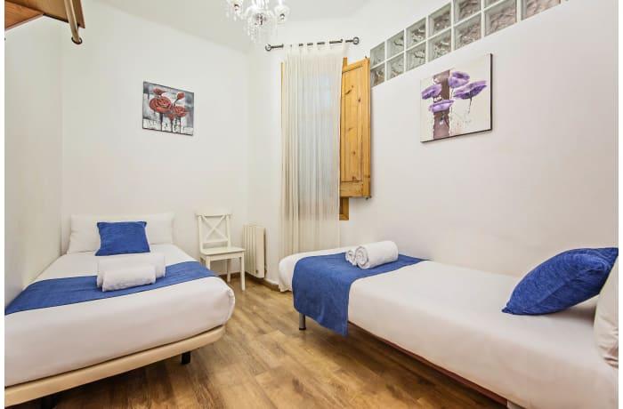Apartment in Joan Miro, Plaza España - 9