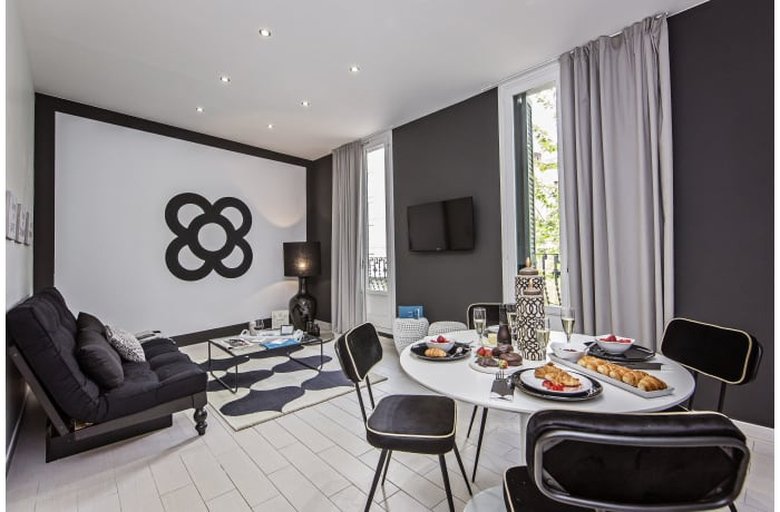 Apartment in Sants II, Plaza España - 1