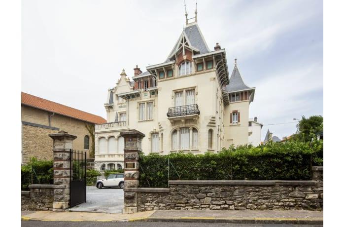 Apartment in Imperial Elegance, La Grande Plage - 0
